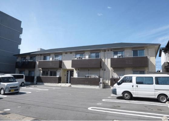 岡崎市錦町のアパート